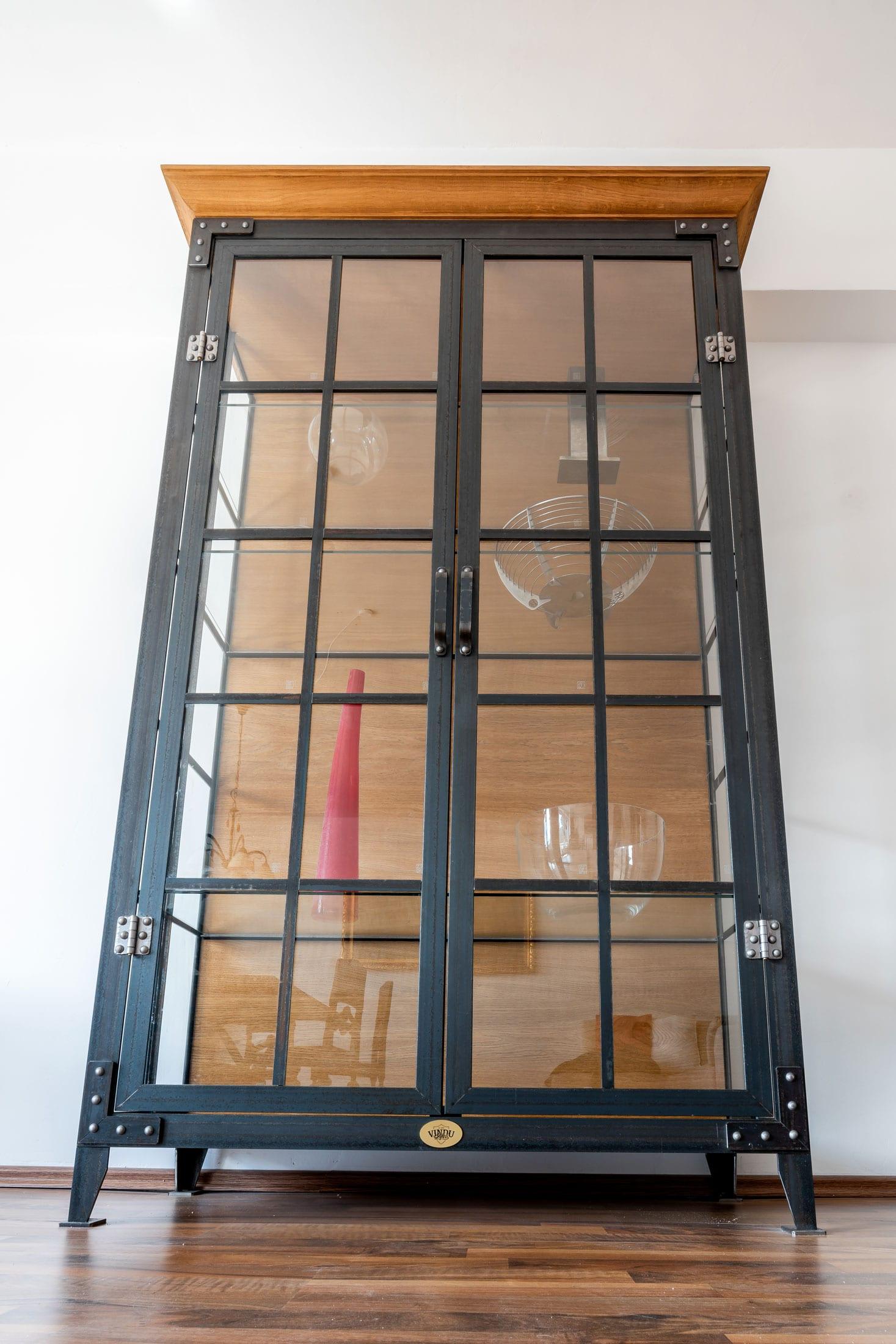 VINDU-Stylez, Vitrine, Appartment 53 | Industrial & Vintage | Möbeldesign | Reith bei Seefeld, Tirol, Österreich | MSC Fabian Knes