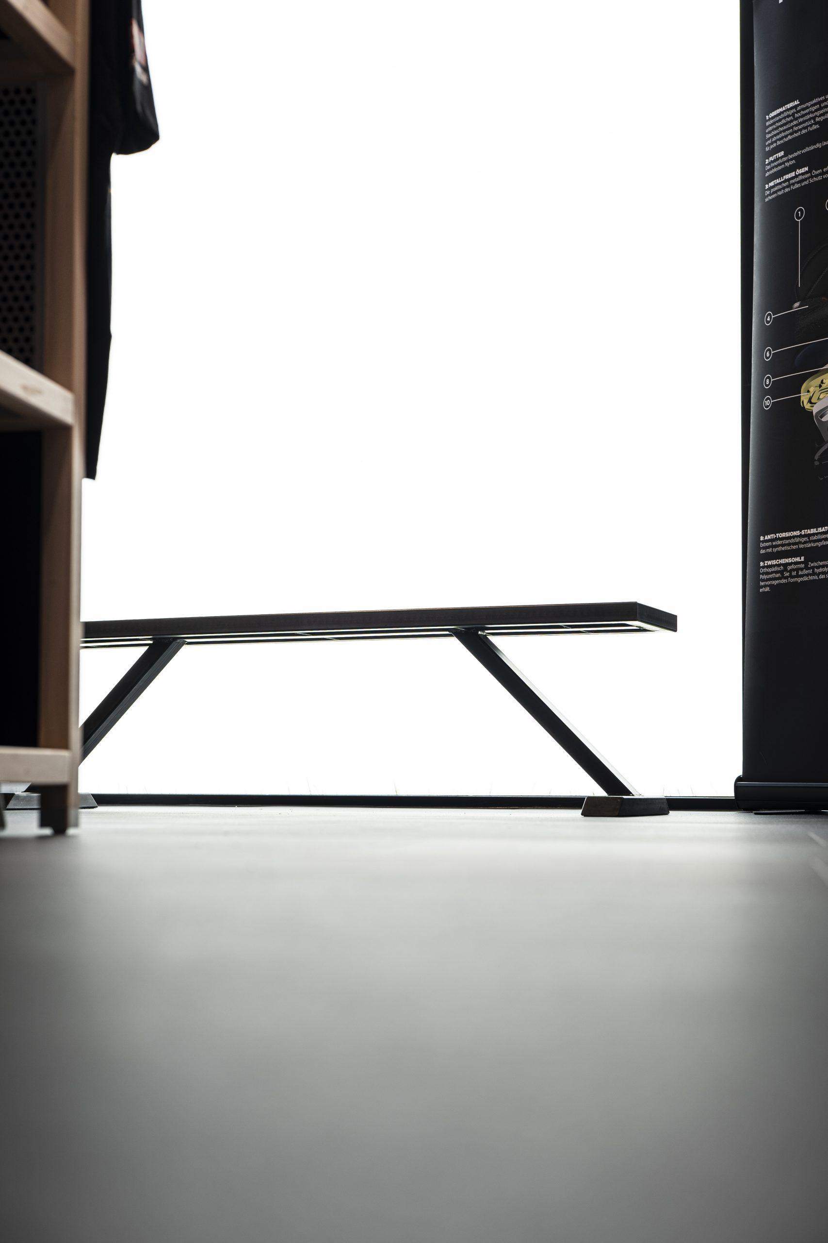 Bank der Möbelschlosserei VINDU Stylez