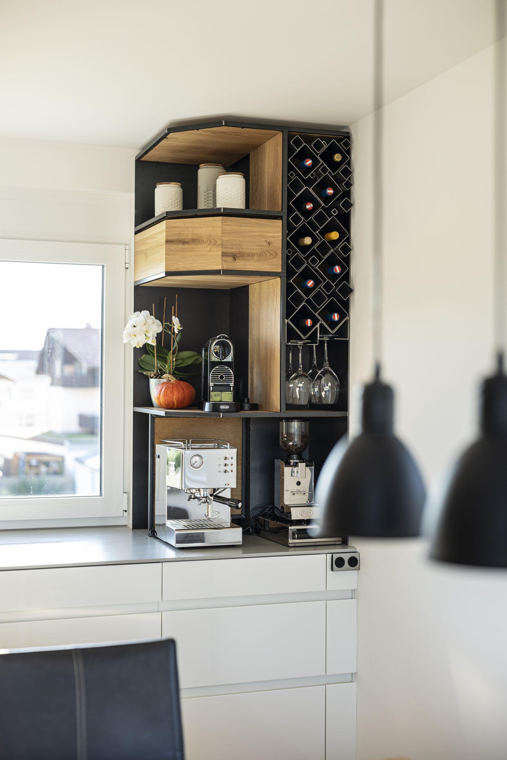 Küchenschrank Front der Möbelschlosserei VINDU Stylez